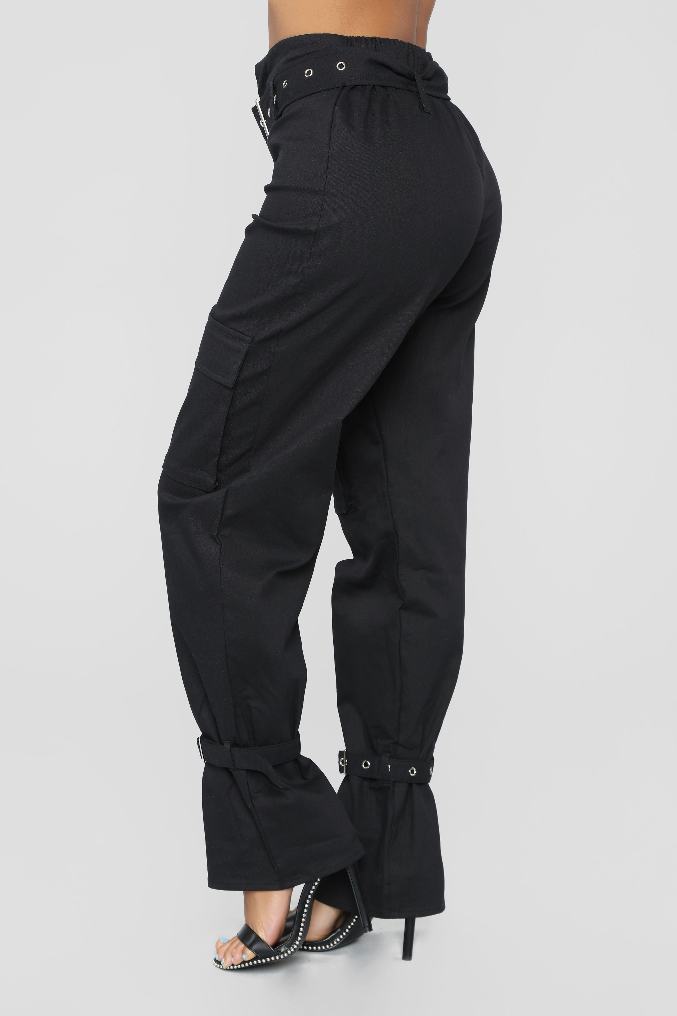 e87b9e7c2cb5c We Are So Over Cargo Pants - Black