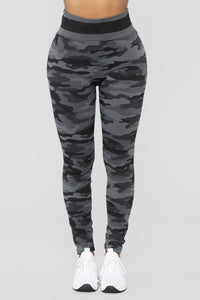 Recruitable Camo Active Set - Grey