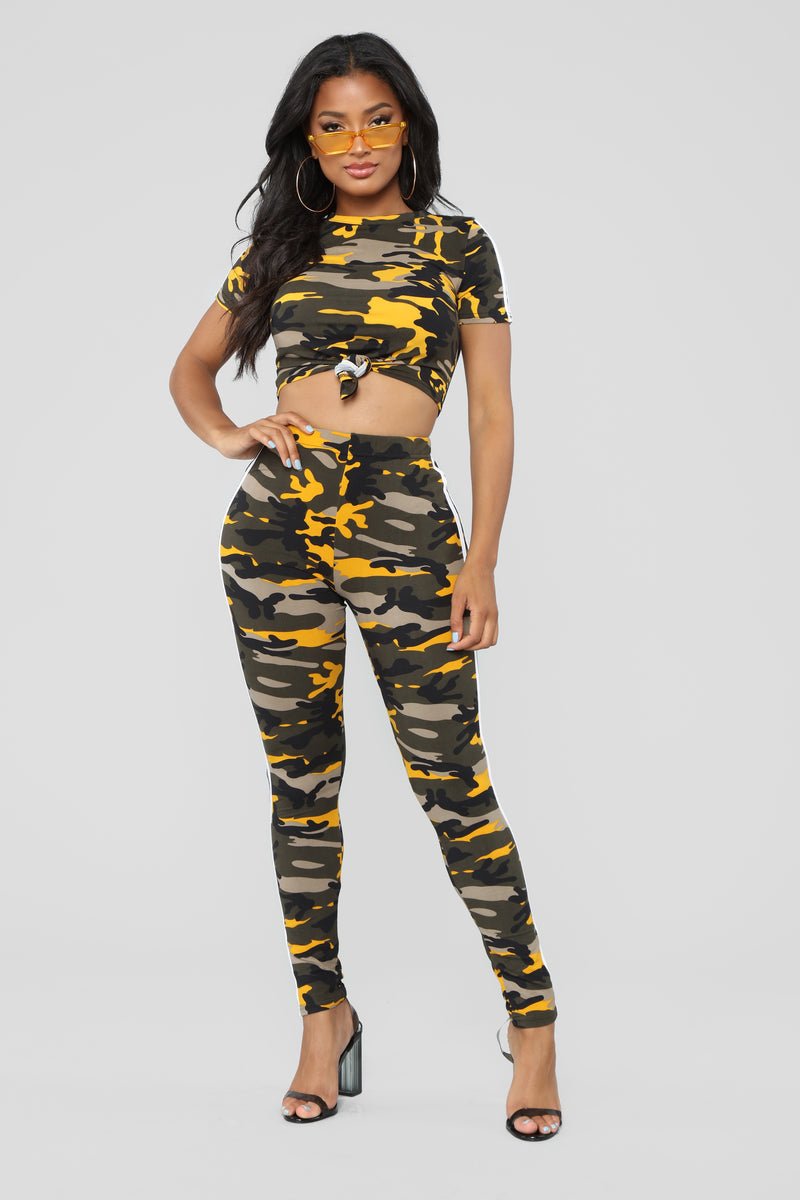 Camo Queen Lounge Set - Yellow