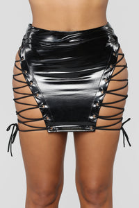 Lace Up And Latex Skirt - Black