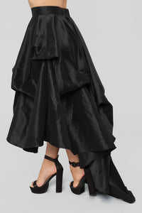 The Queen Is Here Maxi Skirt - Black