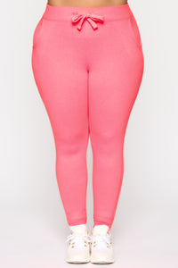 Relaxed Vibe Jogger II - Neon Pink Angle 5