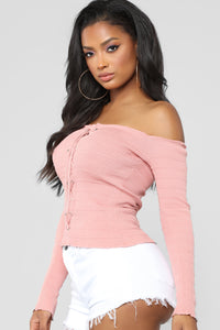 Bellami Off The Shoulder Long Sleeve Sweater - Mauve
