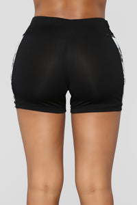 Lexxi Floral Active Shorts - Black/combo