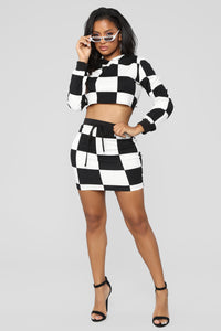 Dinero Checkered Set - Black/White