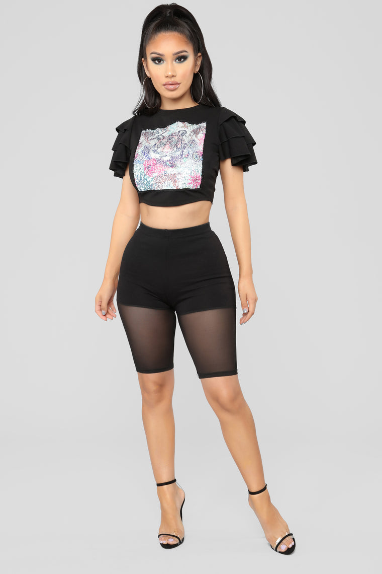 Every King Needs A Queen Top - Black