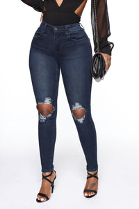 Walk Of Fame Ankle Jeans - Dark Wash Angle 1