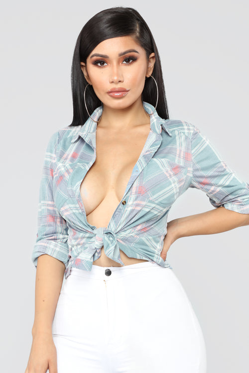 In My Lounge Plaid II Top - Blue/Coral