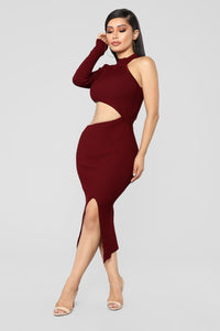 Feel My Energy Dress - Burgundy