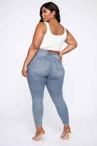 Need A Pick Me Up Ultra High Rise Jeans - Light Blue Wash Angle 13