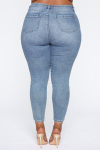 Need A Pick Me Up Ultra High Rise Jeans - Light Blue Wash Angle 14