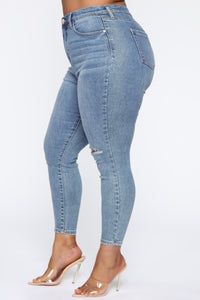 Need A Pick Me Up Ultra High Rise Jeans - Light Blue Wash Angle 12