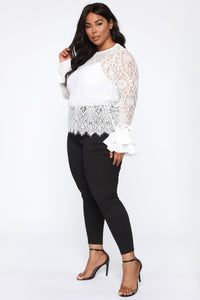 You Are Everywhere Lace Top - Ivory