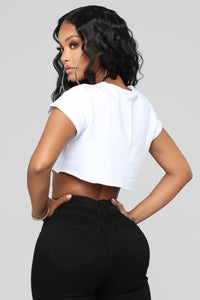 Hoe Crop Top - White/Black Angle 6