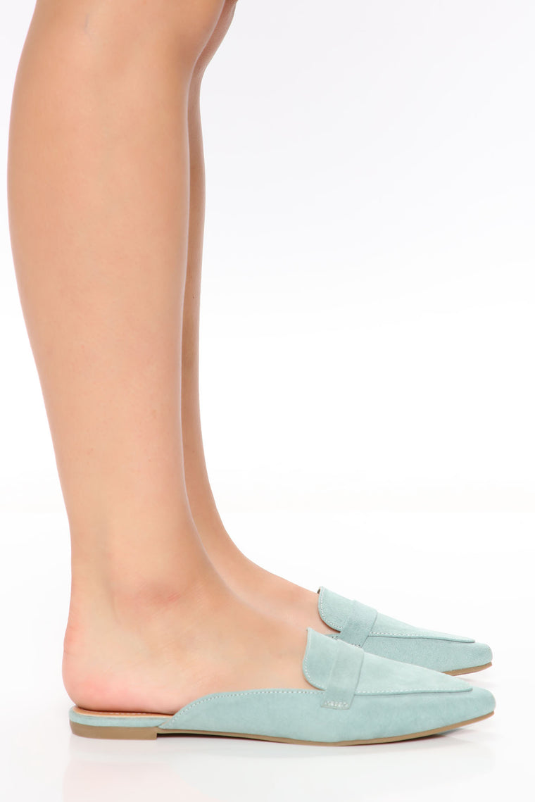 Hit The Barre Flats - Sage