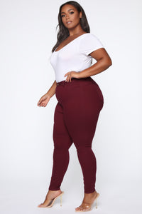 Perfect Butt Skinny Jean - Burgundy Angle 5