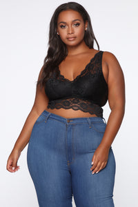 Queens Only Lace Bralette - Black