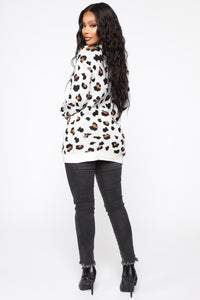 Fuzzy Leopard Sweater - Multi Color Angle 5