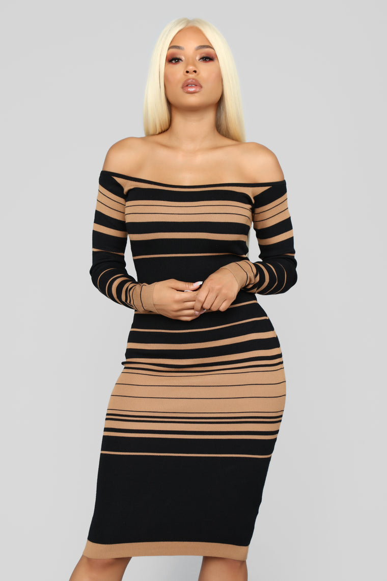 On Point Sweater Dress - Black/Mocha
