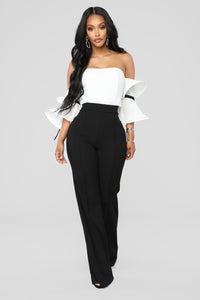 Ruffle Affair Cold Shoulder Top - White