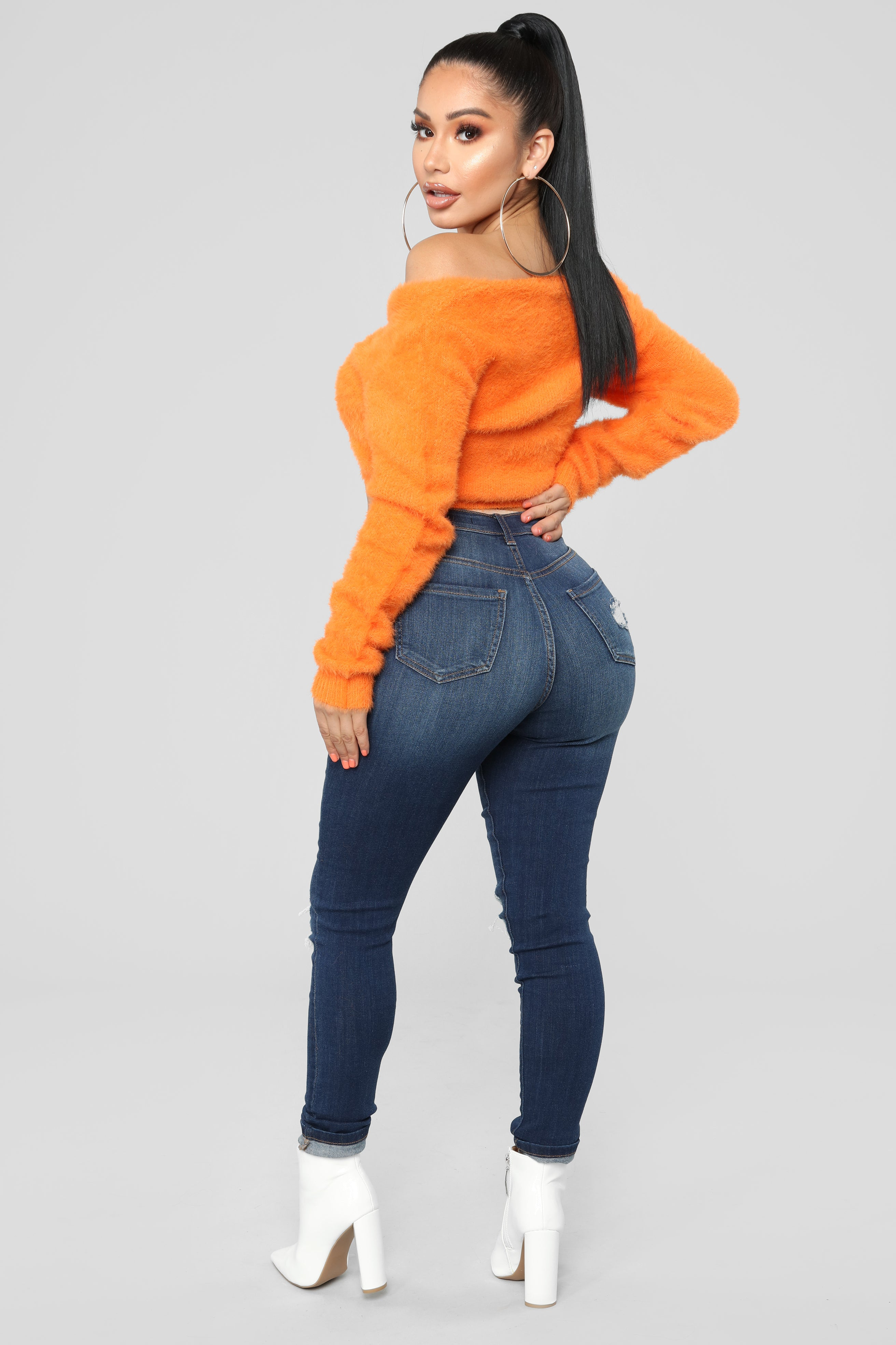 ce2320dfbac6f6 Bend And Snap Fuzzy Cropped Sweater - Orange
