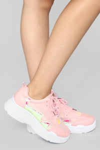 Gotta Be On The Run Sneaker - Pink