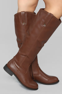 Not Far From Home Flat Boot - Brown