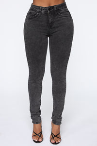 Got You On Lockdown Skinny Jeans - Acid Wash Black