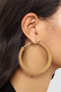 Hoop There It Is Earrings Set - Gold