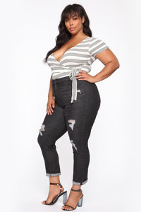 Need A New High Rise Mom Jeans - Black Angle 9