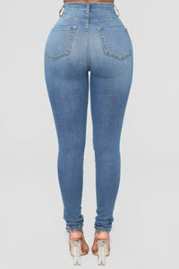 Dare Devil High Rise Skinny Jeans - Medium Blue Wash Angle 6
