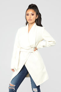 Manhattan Coat - Ivory Angle 1