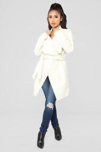 Manhattan Coat - Ivory Angle 2