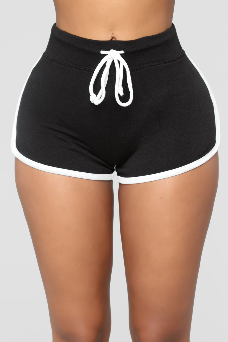 Emerson Dolphin Shorts - Black