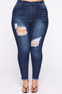 Top Of My List Distressed Jeans - Dark Wash