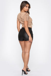 Getting Down High Rise Shorts - Black