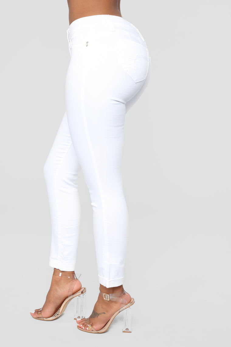 Dream Booty Lifting Jeans - White