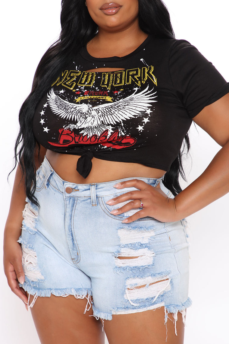 Eagle Eye Distressed Top - Black