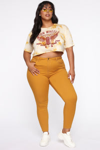 Perfect Butt Skinny Jean - Mustard Angle 3