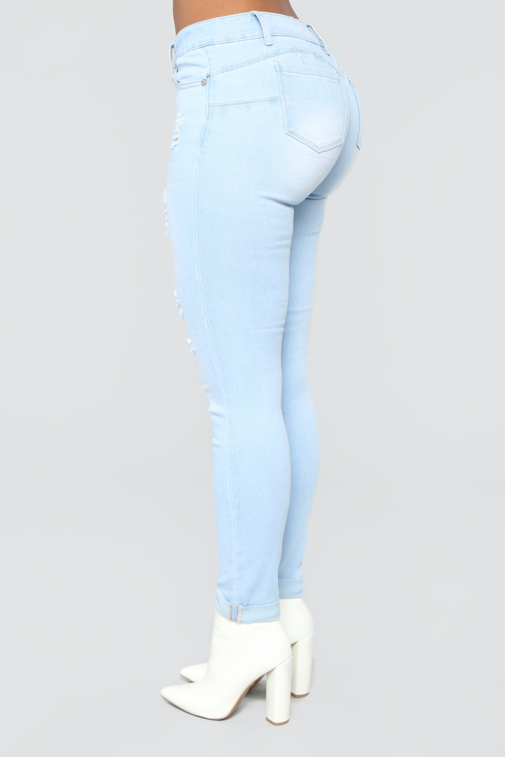 Work For It Booty Shaping Jeans - Light Blue
