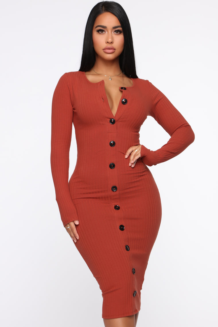 Don't Press Your Luck Ribbed Midi Dress - Rust