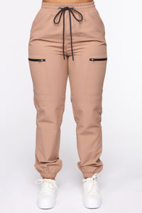 On The Low High Rise Joggers - Khaki