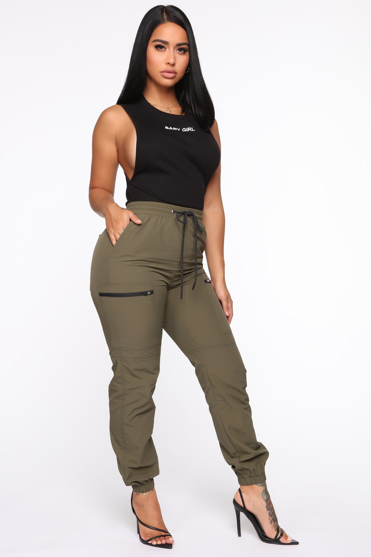 On The Low High Rise Joggers - Olive