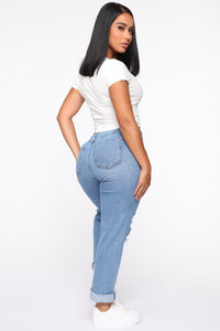 Driving Me Crazy Mom Jeans - Medium Blue Wash
