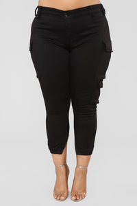 Kalley Cargo Pants - Black Angle 9