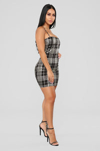 Total Betty Plaid Dress - Black/Gold Angle 2