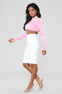 Catch The Vibe Crop Top - Pink