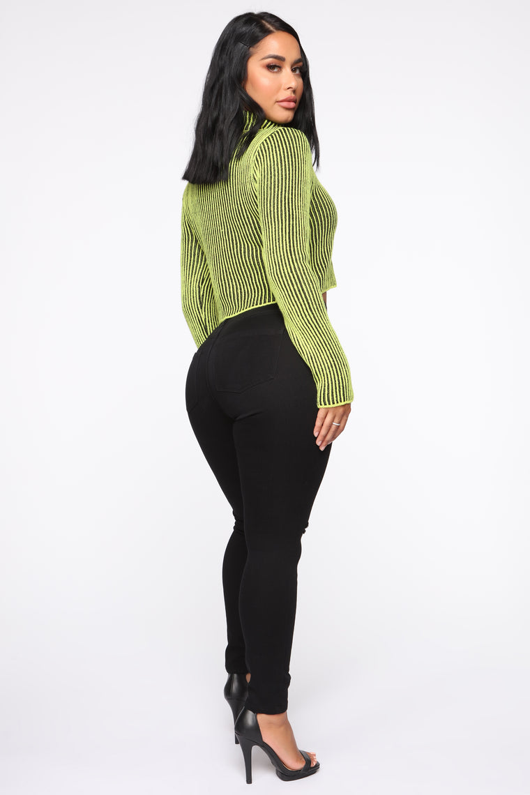Want Me To Love You Cropped Sweater - Lime