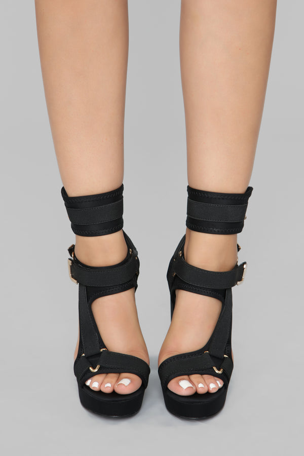 b111508f09a Head In The Clouds Platform Heel - Black