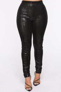 Worth It High Rise Suede Pants - Black
